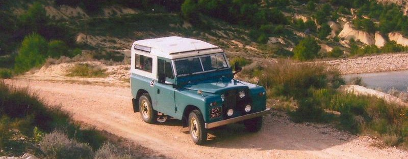 Dave Mill's Wolseley and Land Rover