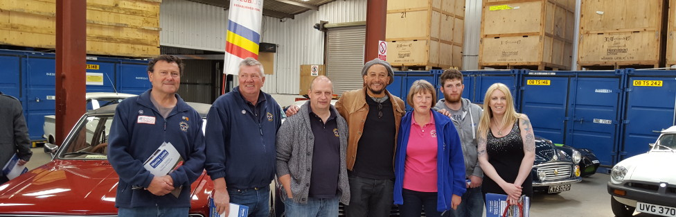 Fuzz Townshend from Car SOS was at the Morris Leslie's Car Auction at Errol, where he met members of Tayside Classic Car Club who had a stand there.