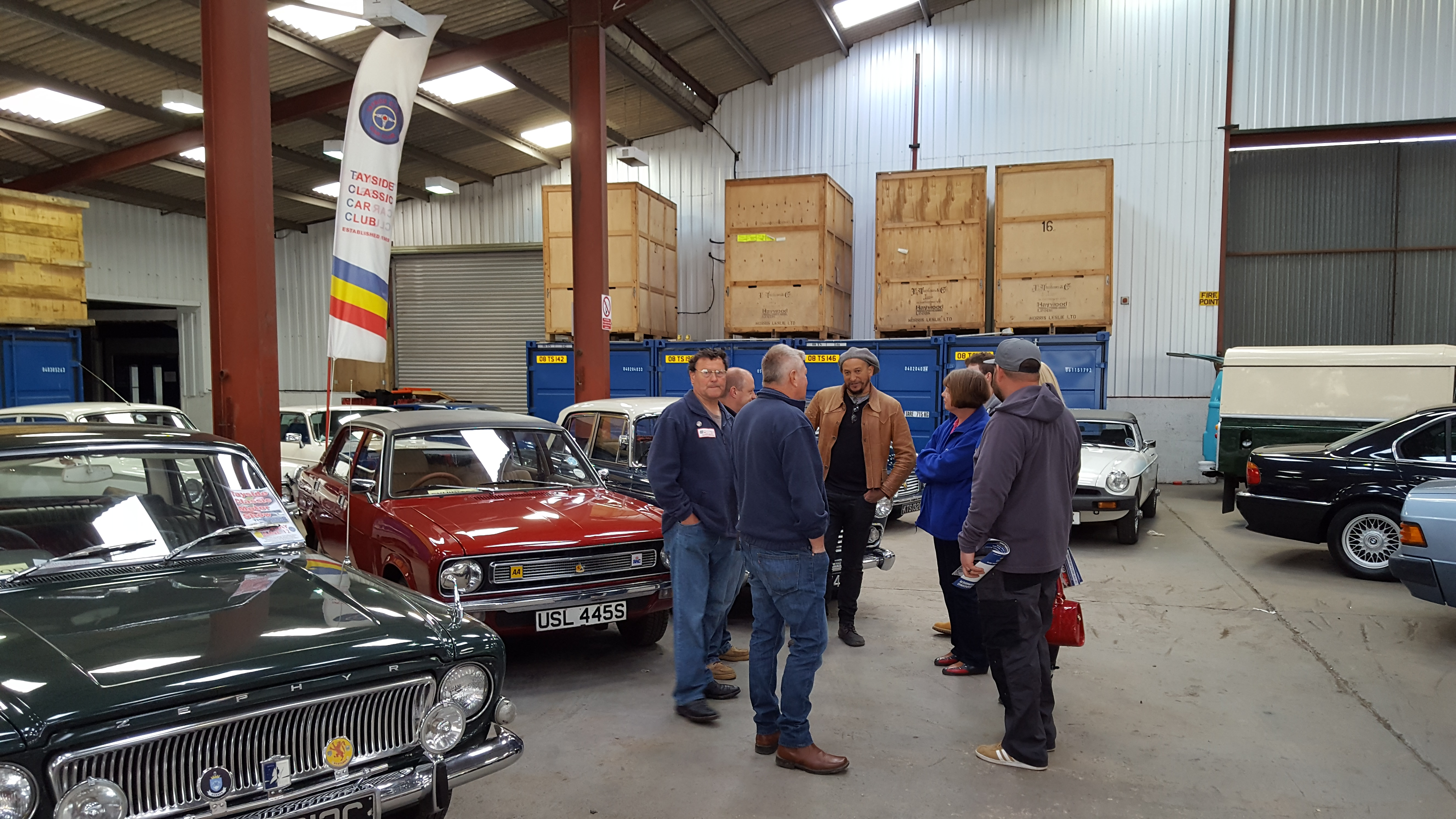 fuzz townshend from car sos was at the morris leslie s car. Black Bedroom Furniture Sets. Home Design Ideas
