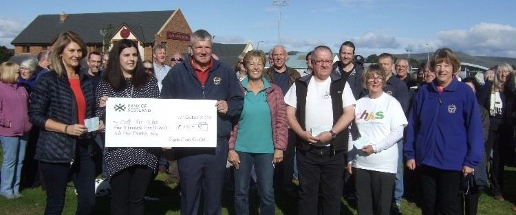 Tayside Classic Car Club were delighted to be able to donate a total of £7504.46 on Sunday 23rd September to various charities after our Classic Motor Show held at Errol Airfield in June. Cash for Kids received £4504.46 and The Brae Riding for the Disabled, Chas, Scottish Charity Air Ambulance and Tayside Children for Cancer and Leukaemia received £750.00 each. The organisers are extremely grateful to all entrants, traders and member of the public who helped us raise this wonderful sum of money. As a thank you to all members who helped at the show the club then held a picnic at Carmyllie Hall after the presentation. With the continued generosity of Morris Leslie the club intends holding their 14th show at Errol on Sunday 9th June 2019.  We look forward to seeing you then.   Best regards   Mary