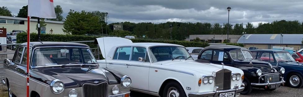 Tayside Classic cars at Dobbie's